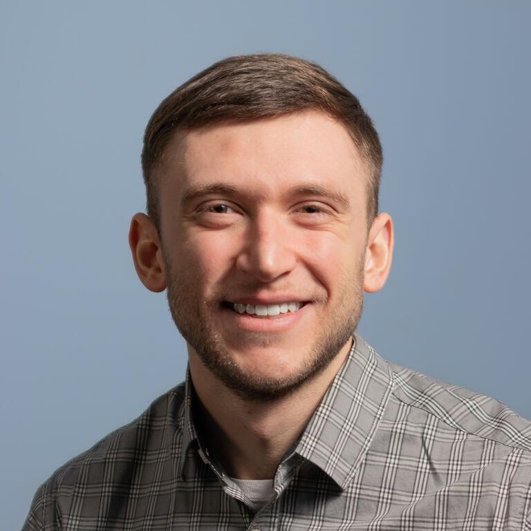 Dan Warner, Business Analyst
